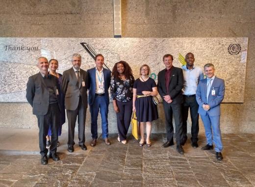 Representantes en la reunión de trabajo en la OIT