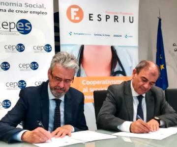Carlos Zarco, director de  Fundació Espriu i Juan Antonio Pedreño, president de CEPES.