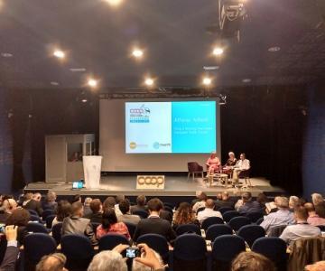 Alfonso Aliberti en las conferencias previas a la Asamblea